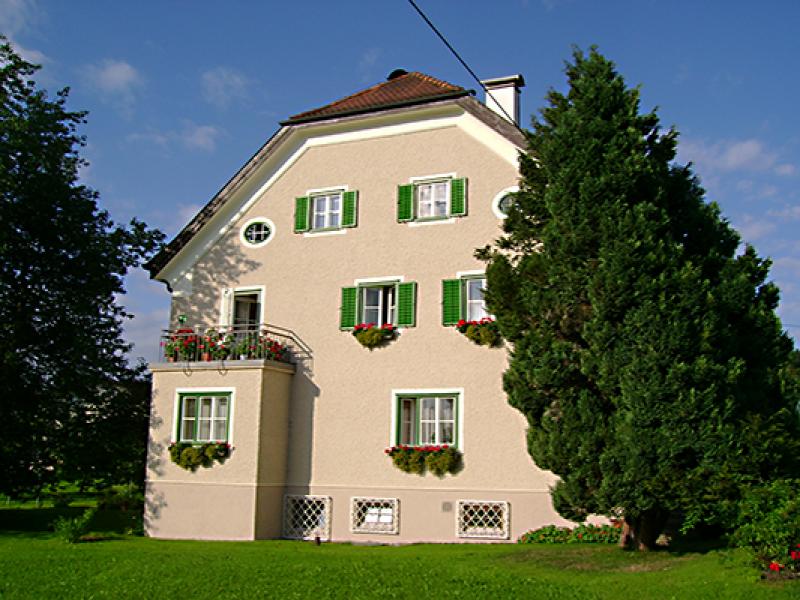 Pfarrhof_Obertrum_2007